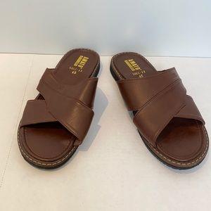 Amati Barabello Men slip-on flats sandals size 9
